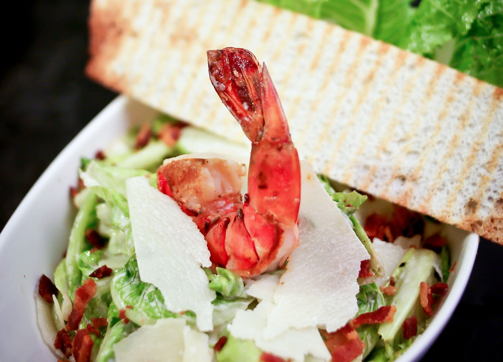 CAESAR-SALAD-TIGER-PRAWN